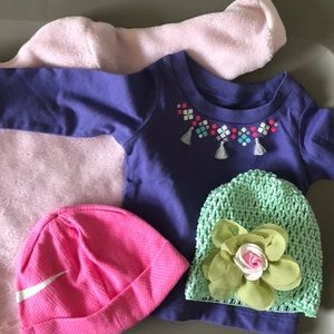 Bundle Girls 3-6 Month Tops and Hats